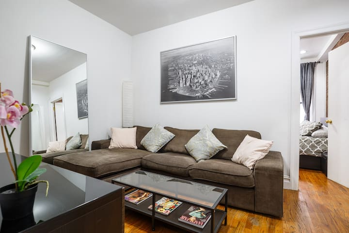 Cozy & Quiet 1Bedroom apt. in the heart of Chelsea