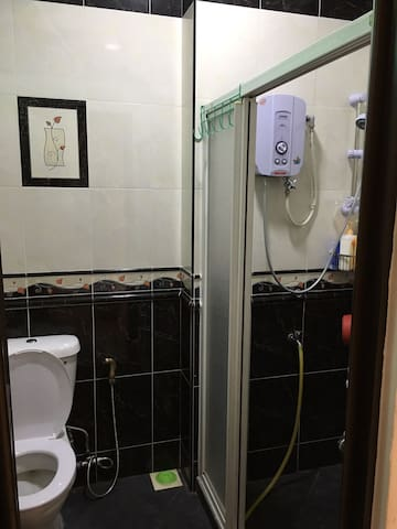 ALL BATHROOM EQUIPED WITH HEATER