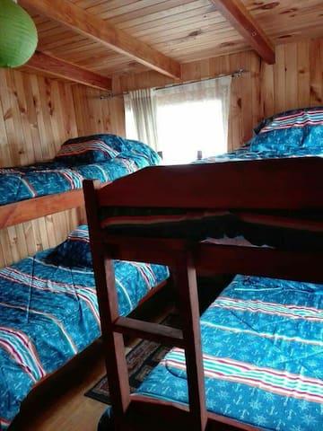 Habitación privada 2 literas (2 a 4 huéspedes)