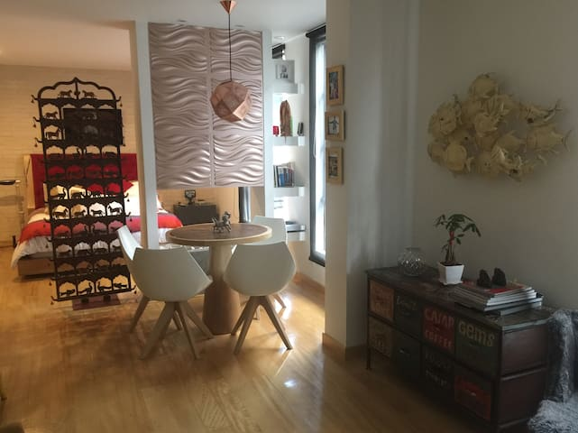 Apartamento en buen sitio y bonito - Bogotá - Lägenhet
