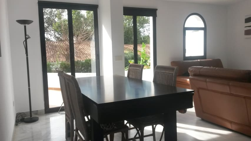 Casa MJ - Estepona - Hus