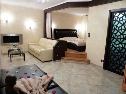 St Florent, Appart Luxe Jacuzzi et sauna privé