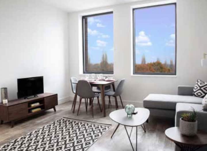 Luxury 1 Bedroom Apartment - High Spec Finish