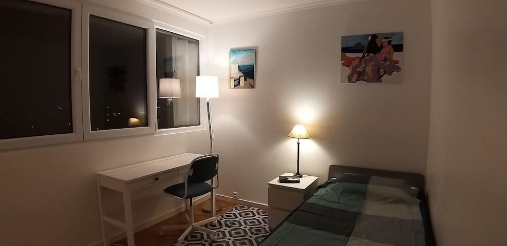 Villejuif - chambre en appartement confortable