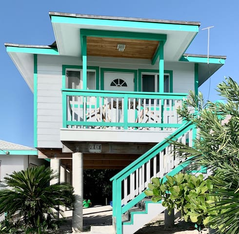 Paradise Awaits! Live like a local in  Staniel Cay