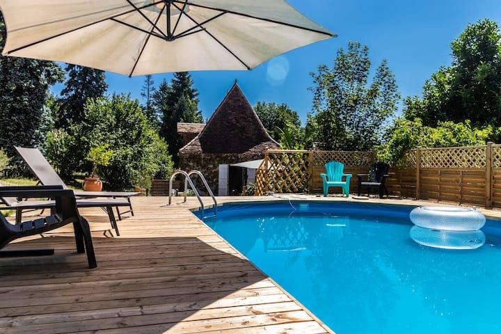 Prachtig oud jachthuis met privé zwembad voor 7 p