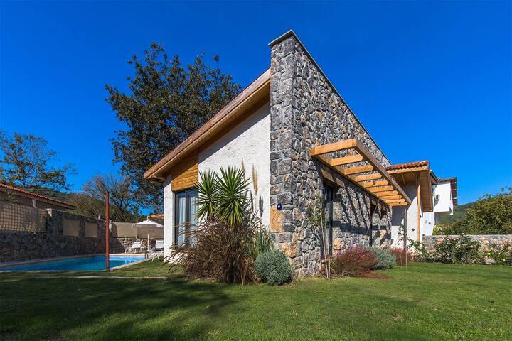 Villa Esila, Luxury Stone Villa In Fethiye Kayaköy