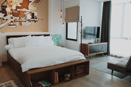 Designer Apartment in Central Jakarta *FREE WIFI*