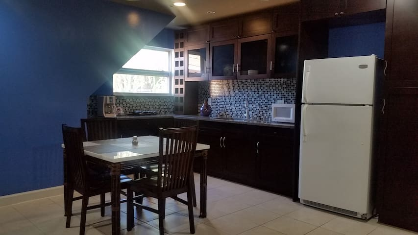 Private Apartment with Small fenced Backyard - Port St. Lucie - Apartment