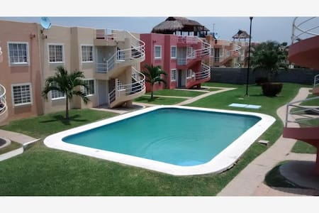 Departamento amueblado con alberca - Acapulco - Lejlighed
