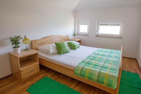 Nice apartment for 4 close to the beach - Mimice - 公寓