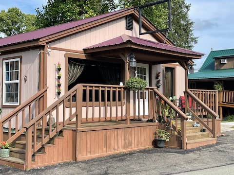 Yough Nest Bungalow: Half Home with View of River