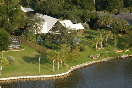 Osprey Villa - House