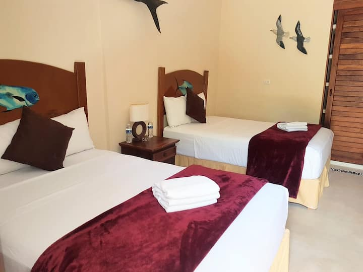 Hotel Fisherman lodge, cuarto  base triple