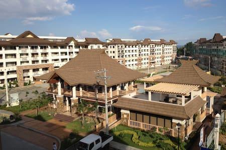 30sqm CondoUnit, 2 mini BR, Resort Style Community - Давао