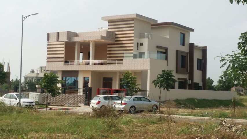 The Foothills   new Chandigarh