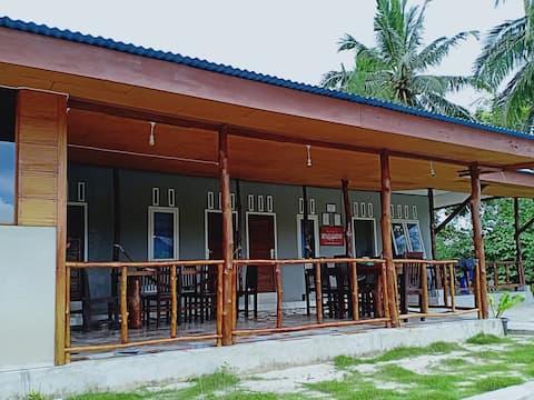 Arthur Homestay Telescope Mentawai-Dorm Room