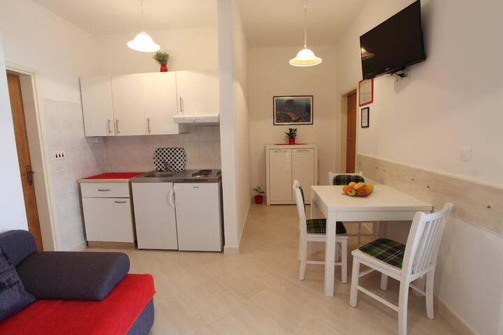 Dubrovnik center apartment for 2!