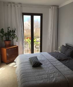 Very beautiful room w. private bathroom near beach - Palma - Bed & Breakfast