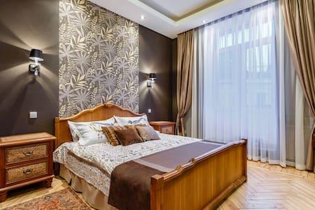 Квартира с сауной. - Sankt-Peterburg