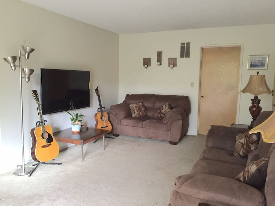 1 Bedroom Apartment In Downtown Burbank Apartments For Rent In Burbank California United States
