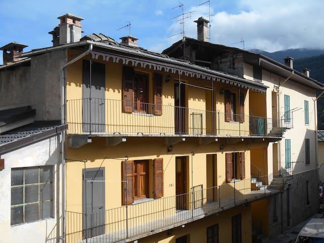 BOBBIO PELLICE - PRESSI LAGHETTO - Bobbio Pellice - Apartment