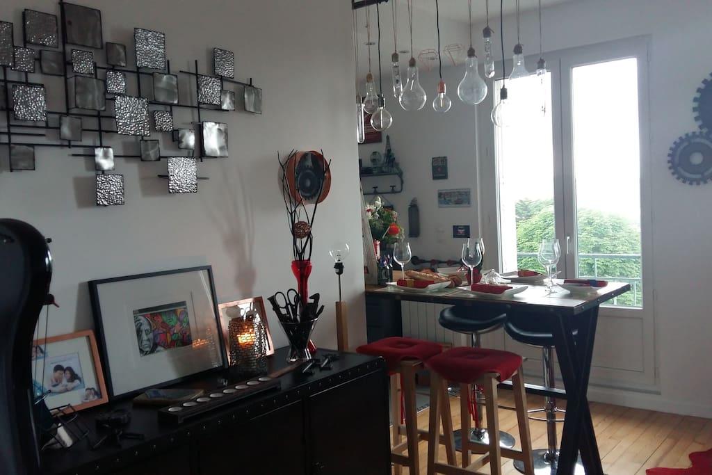 charmant logement en plein centre ville appartements louer le havre normandie france. Black Bedroom Furniture Sets. Home Design Ideas