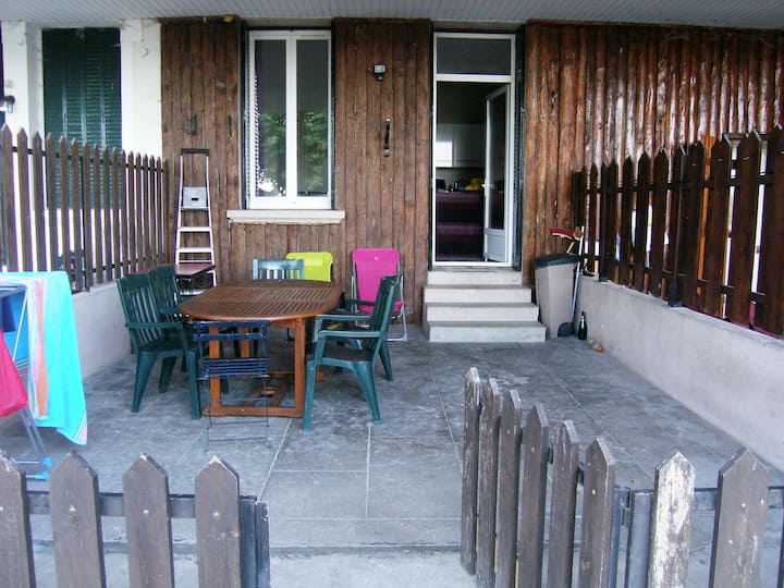 Appt rc avec terrasse privative