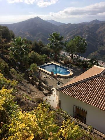 Villa El Chaparro piscine privée Montagne & Plage