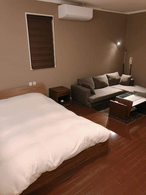 208 room Living bed