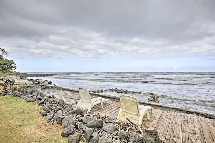 Peaceful Oceanfront Hauula Apt. w/Panoramic Views!
