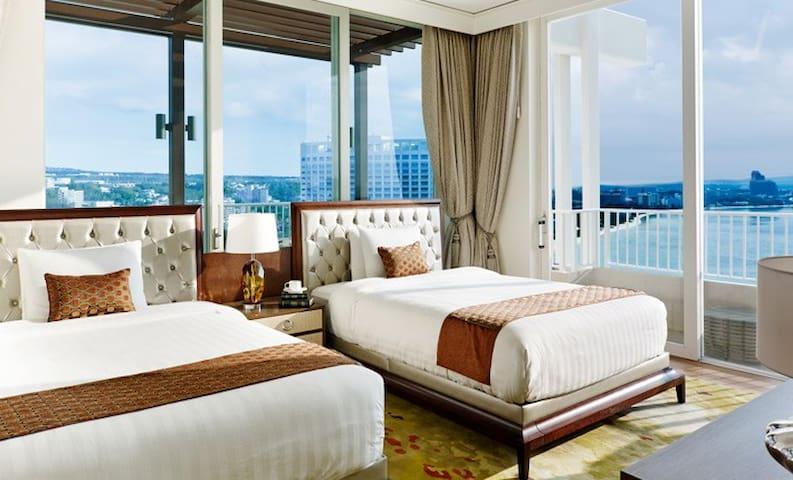 Lotte Hotel Guam - Presidential Suite Ocean Front
