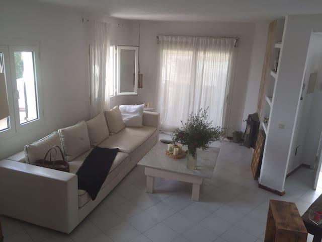 Bonita villa en Cala de Bou - Sant Josep de sa Talaia - Villa