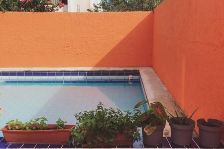 Downtown Cancún w/ A/C & Pool! - Cancún - Casa