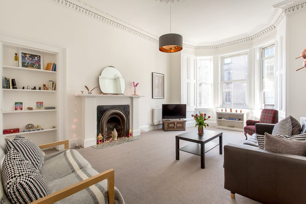 Spacious Living room, lots of natural light