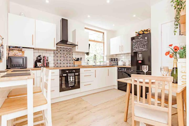 🥂🍾A'nB Oxford - 2 BEDROOM FLAT in central OX1👌