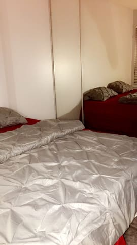 Private Room || 1 King Size Memory Bed - Milpitas - Kondominium