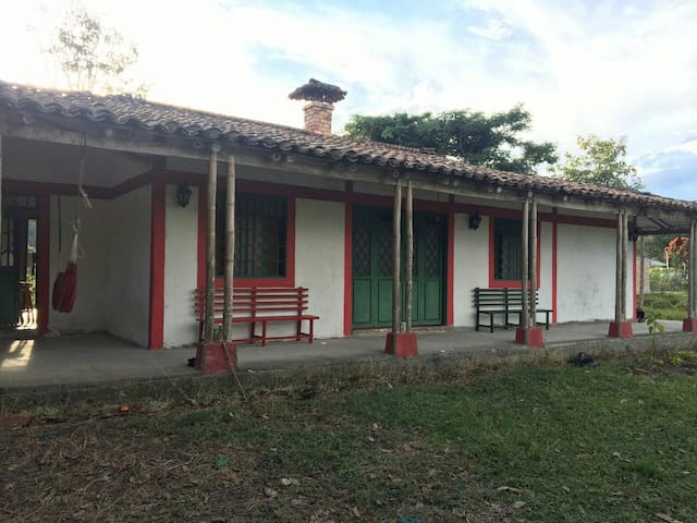 Typical huilense country house cas típica huilense - Pitalito - Hus
