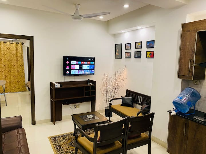 Fully furnished aparment + Netflix+Amazon 1BHk