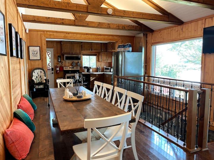 Starr Bay Getaway at Oakdene Cottage