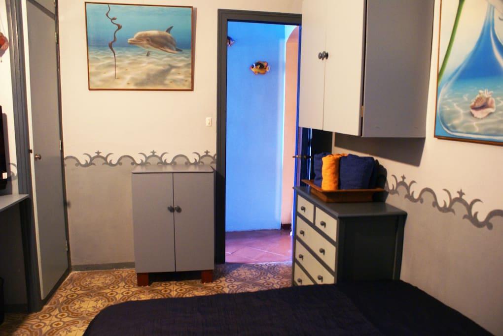Double room entrance/ entrada habitación doble