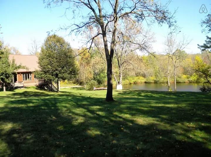 Log Cabin; Summer family fun w/Pond