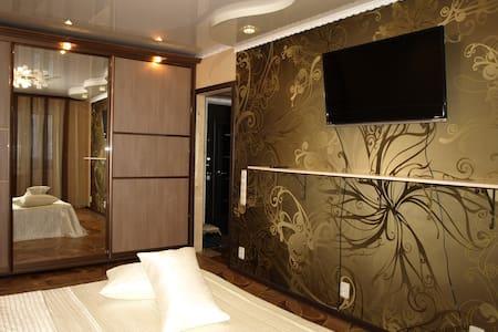 Апартаменты на Губкина 42Б, 1-й эт - Белгород - Apartment