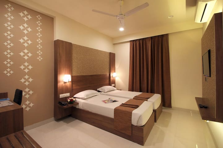 Arastu Bed & Breakfast @ Nampally