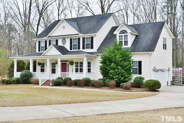 Large home on 1 acre in family neighborhood!