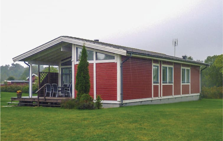 Holiday cottage with 3 bedrooms on 74m² in Gärsnäs