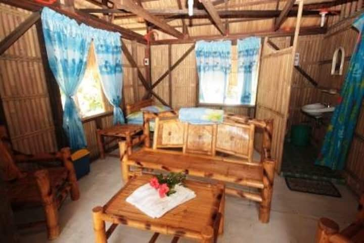 Pundaquit Sun and Surf 1 bed no ac toilet and sink
