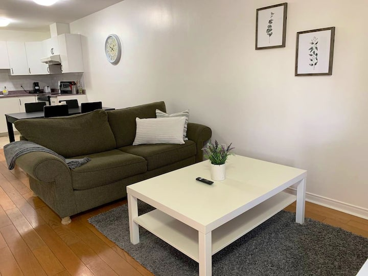 Comfort & Cozy, 2BR Close To Metro, Near Downtown