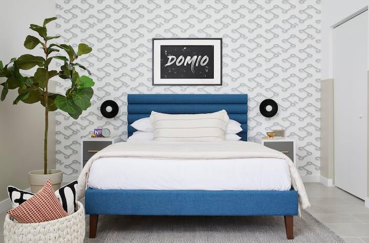 Domio Wynwood | Stunning Studio + Den Suite | Laundry + Pool + Gym
