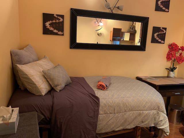 Relax in private Spa Apt rooms Downtown Manhattan
